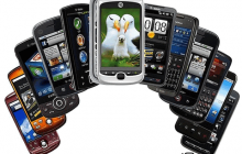 Половина пользователей мобильных выходит через них в сеть