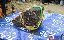 Со дна озера поднят самый крупный фрагмент Челябинского метеорита