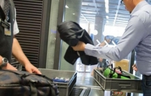 В самолетах запрещено провозить аккумуляторы для телефонов и ноутбуков
