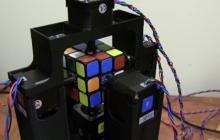 Видео дня: спидкубер-робот собрал кубик Рубика за 1 секунду