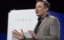 Илон Маск хочет подключить мозг к компьютеру