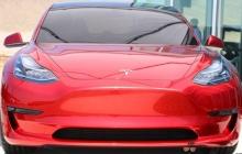 Tesla продемонстрировала «живую» Model 3