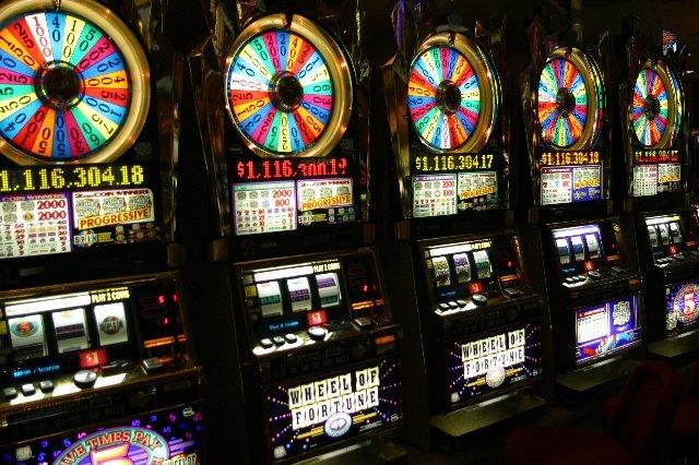 Новые с классические игровые слоты для любителей азартной игры