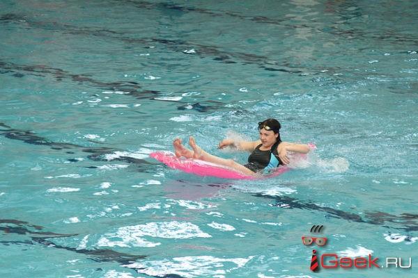В Крещенскую ночь в Серове будет работать бассейн