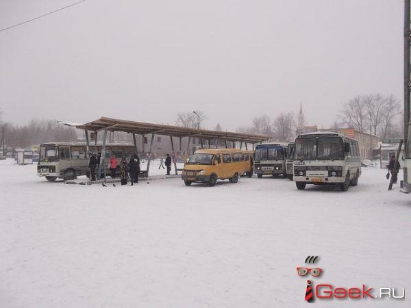 Перевозчик: после пожара в автобусном ангаре сообщение между Серовом и Краснотурьинском не прервано