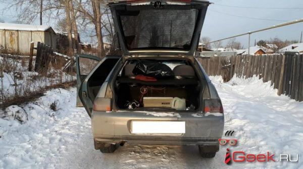 В Серове по горячим следам задержали угонщика автомобиля из Карпинска. Им оказался «кольщик дров» из Волчанска, поехавший в Серов за пиццей