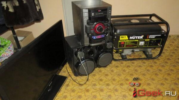 У серовчанина украли электрогенератор, телевизор и музыкальный центр. Дело направлено в суд