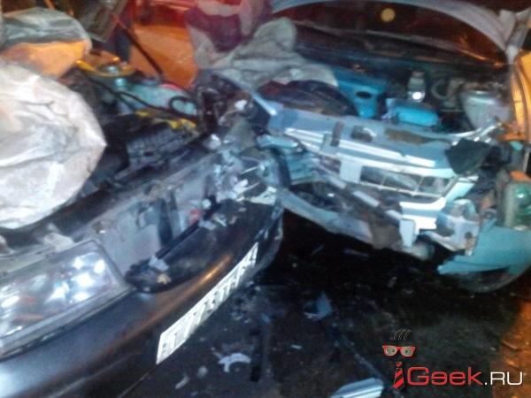 18-летний серовчанин на восьмой день за рулем устроил ДТП – пострадала женщина