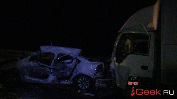 В реанимации Серовской горбольницы скончался пассажир «Фольксвагена», который попал в ДТП у Ключевого