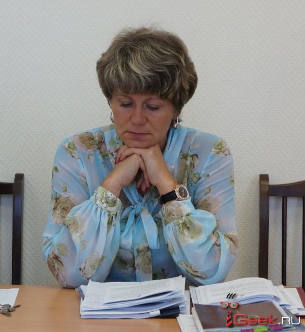 Для проведения проверок Серовская транспортная прокуратура пригласила председателя КРК Людмилу Осколкову