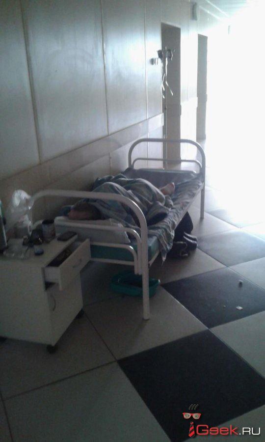 После травмы серовчанин Андрей Шатов лишился ноги. Родственники мужчины винят в произошедшем врачей