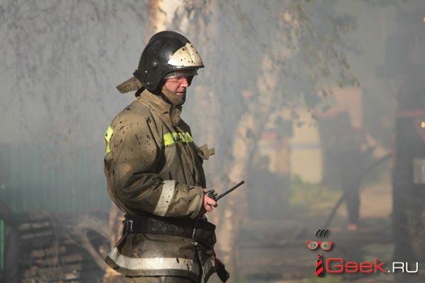 В минувшие выходные в Серове горел ВАЗ