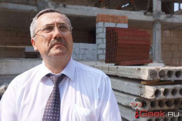 Дума Серова приняла отставку Елены Бердниковой. Округ временно возглавил Вячеслав Семаков
