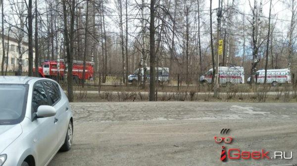 Сегодня Больничный городок Серова «осадили» полиция, Скорая и пожарные. Лжетерроризм?