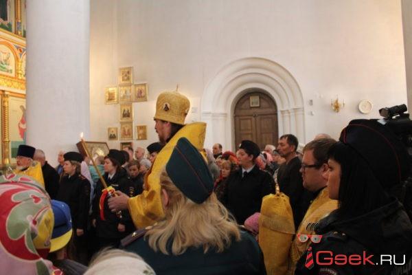Накануне 300-летия полиции в серовском Преображенском соборе прошел молебен