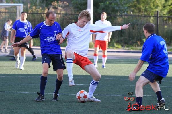Серовские футболисты уступили краснотурьинским