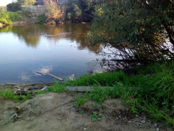В серовском селе Филькино, где рухнул мост, с лодочной переправы украли… лодку?