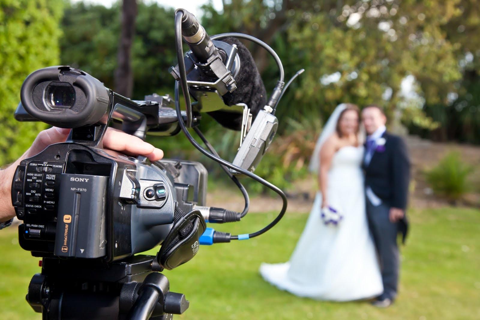 Профессиональная видеосъемка свадебных торжеств в Москве